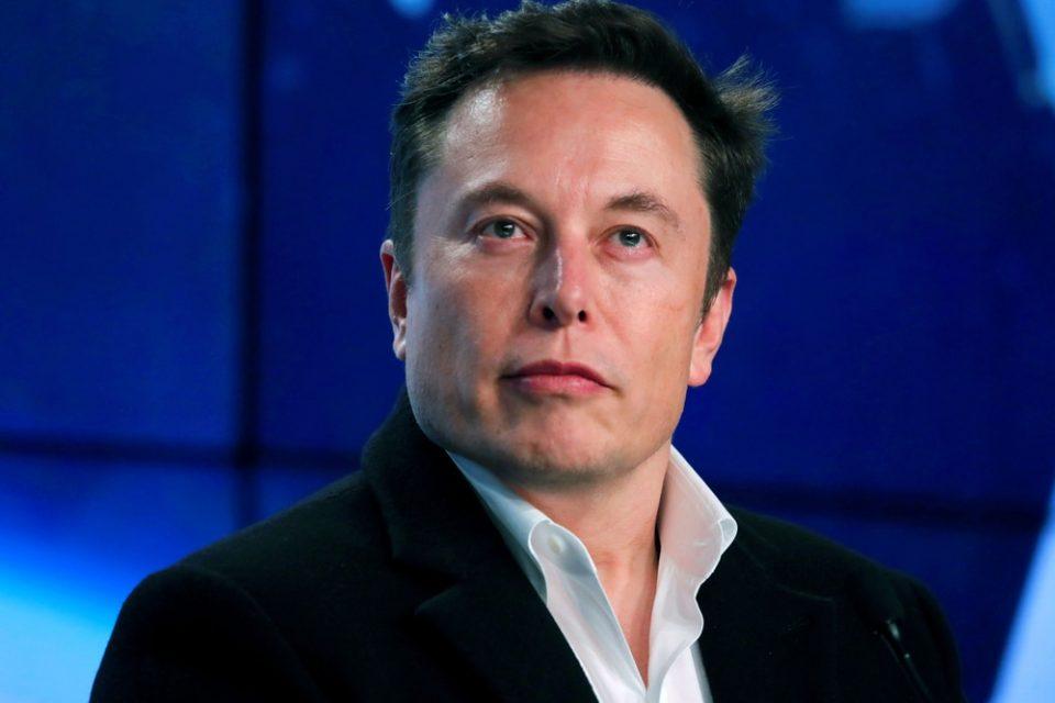 Elon Musk, Elon Musk, İlk Defa Tweet Atarak Dogecoin Fiyatını Düşürdü