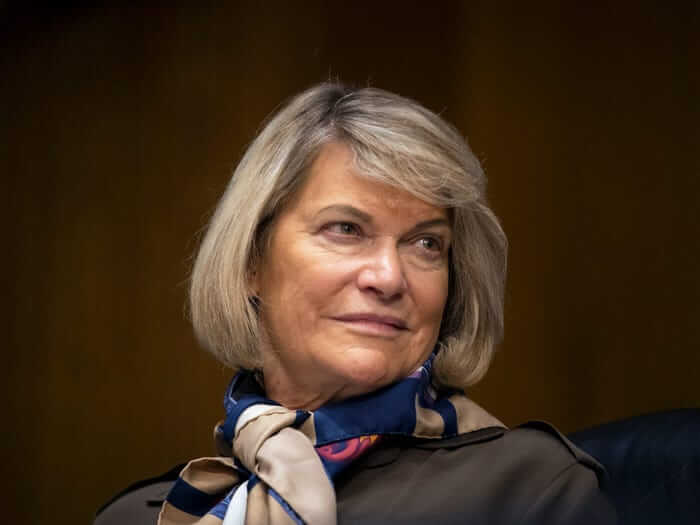 ABD'li Senatör Cynthia Lummis Bitcoin'i Emeklilik Planı Olarak Görüyor