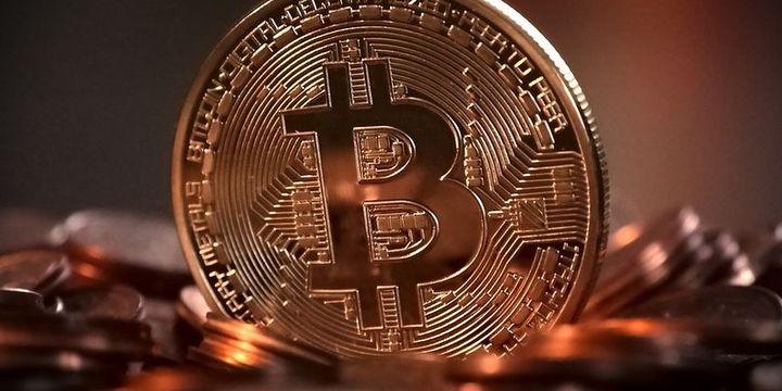 Bitcoin Fiyatı 50.000 Dolar Seviyesinde Mücadele Veriyor!